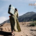 Äthiopien Reise Irobland Frau mit Wasserkanister PRIORI Afrika