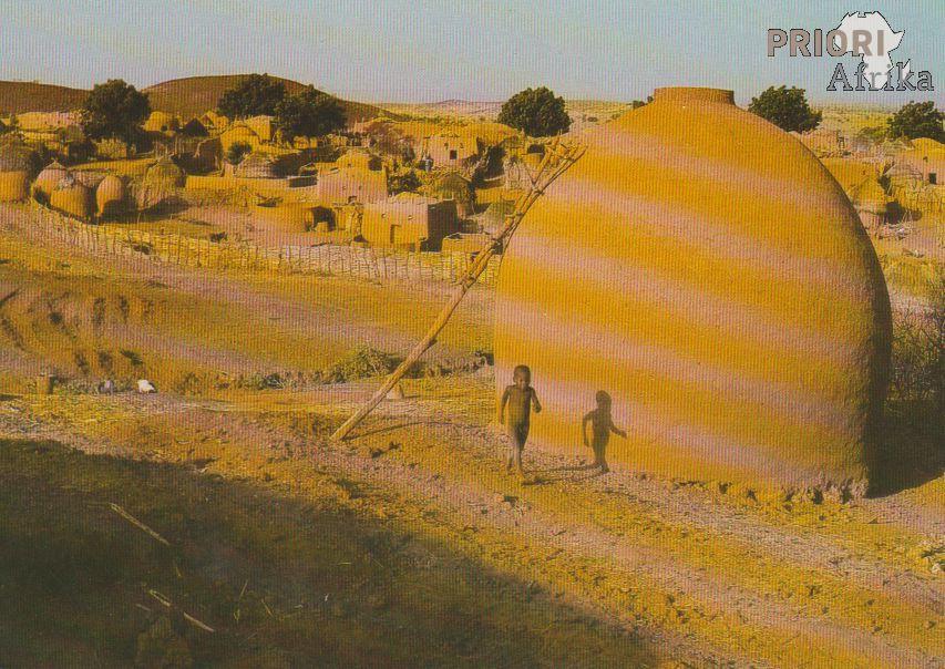 Hausa Village in Niger Hausa-Dorf in Niger Village Haussa au Niger